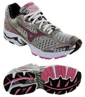 รองเท้าสำหรับคนเท้าแบน หรือ over pronation