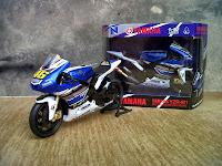 Valentino Rossi - Yamaha YZR M1 Diecast Miniatur