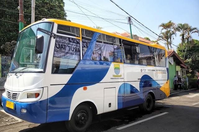 Pemkot Bandung Hibahkan Bus ke Daarut Tauhid