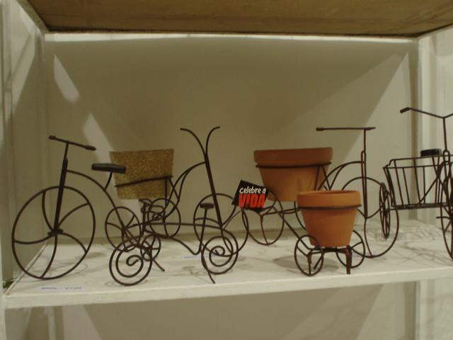 enfeite jardim bicicleta:Artesania: PEÇAS EM FERRO PARA DECORAÇÃO E JARDIM.