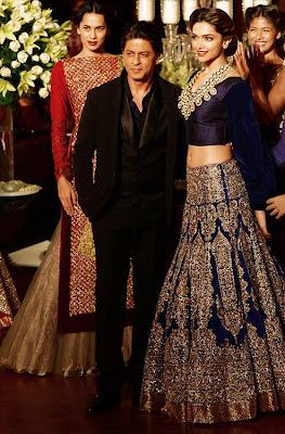 SRK & Deepika walk the ramp at PCJ Delhi Couture Week 2013