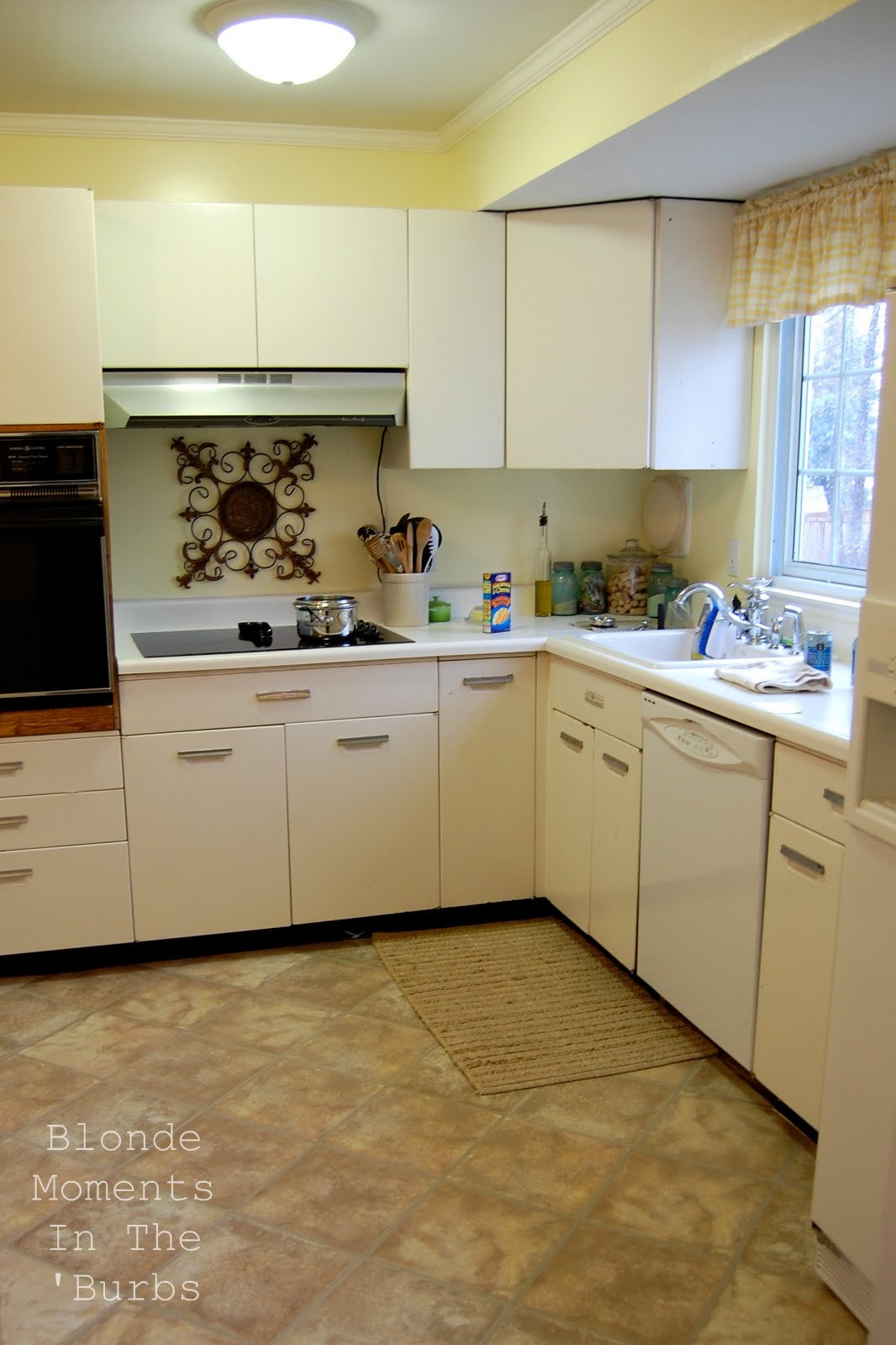 Blonde moments in the burbs kitchen mini makeover reveal - Kitchen wow mini makeovers ...