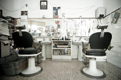 Luoghi di resistenza (in)consapevole/Muro Leccese, il barbiere che ...