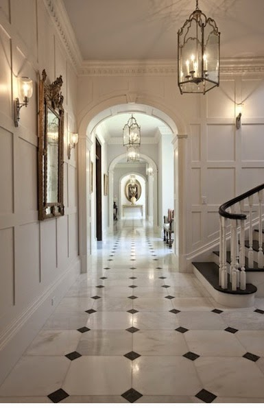 ... favorite features of Colonial homes\u0027 exteriors. Today I\u0027ve rounded up a few features I noticed inside Williamsburg\u0027s homes government buildings ... & beyond the aisle: home envy: colonial interiors