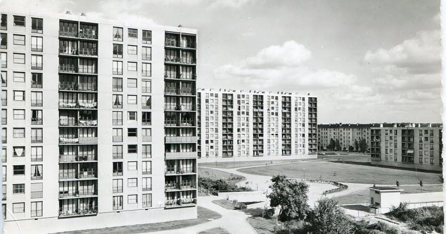 Architectures de cartes postales 2 fen tre sur cour for Garage bidaud athis mons