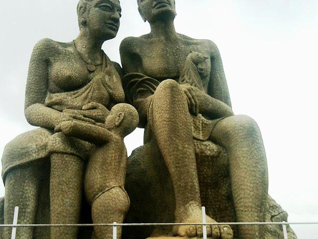 Kuravan and Kurathi statue