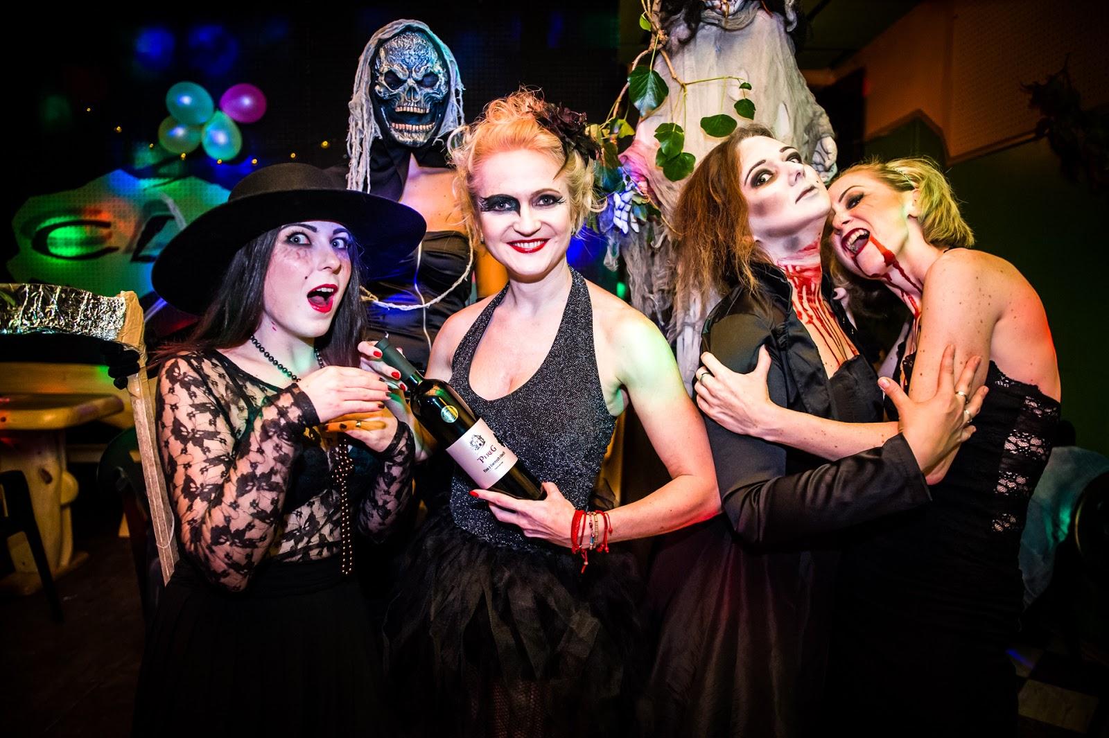 víno, masky, kostým, inšpirácia