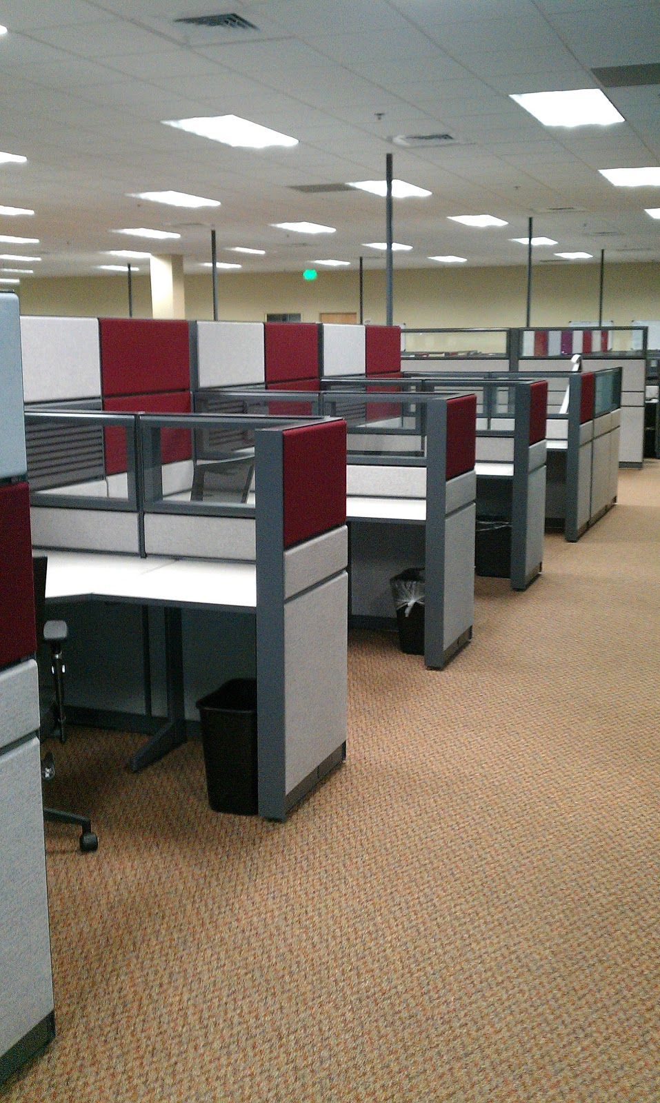 1Source fice Furniture 40 TEKNION 5 x6 USED CUBICLES