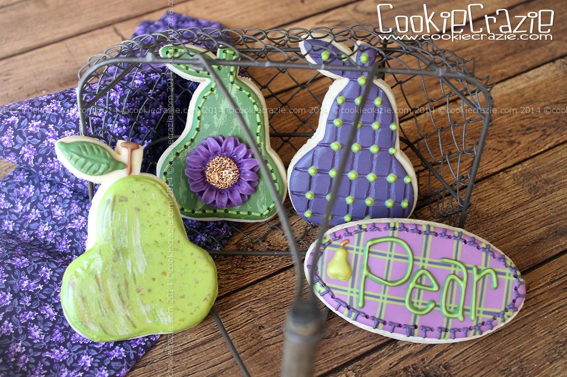 http://www.cookiecrazie.com/2014/10/pear-cookie-tutorial.html
