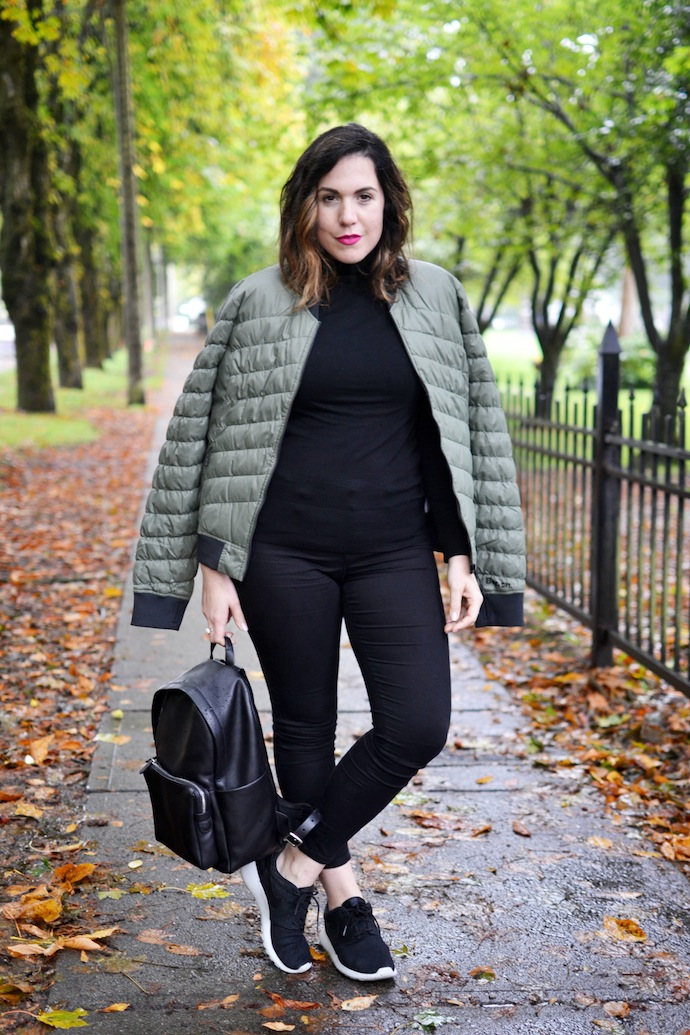 Bomber jacket fashion outfit idea blogger Bench Canada Daysplash jacket
