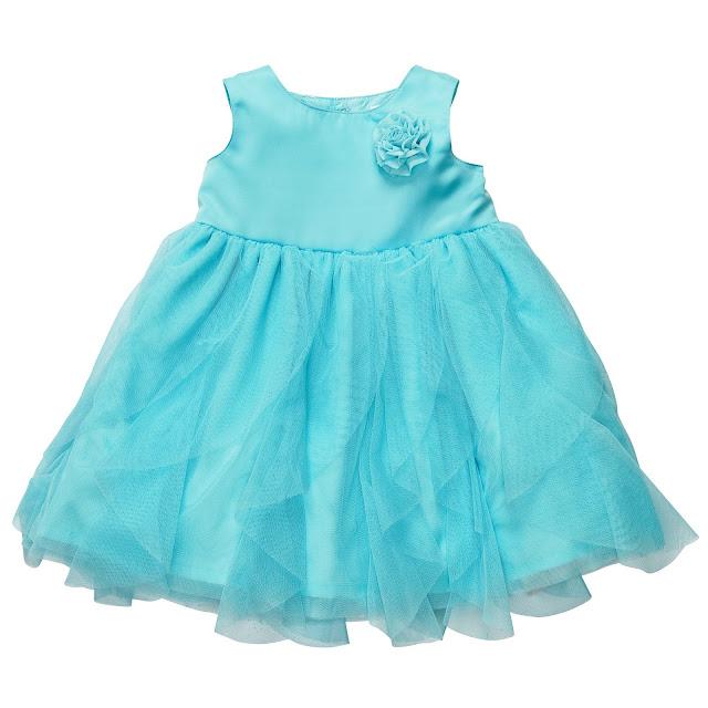 Vestido azul de Mia Malkova