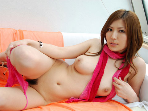 porno-erotika-molodimi-zhenami