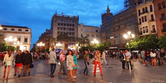shopping night,centro córdoba,cordoba,cruz conde,plaza,tendillas,alcalde nieto,mary kay,papiro,alfredo romeo,intelify,manuel aragon,msp