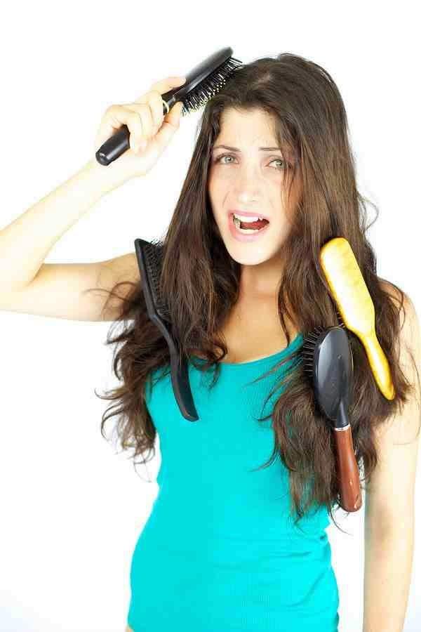 علاج مشكلة الشعر المتشابك