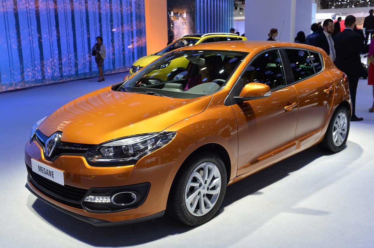 169 Automotiveblogz 2014 Renault Megane Frankfurt 2013 Photos