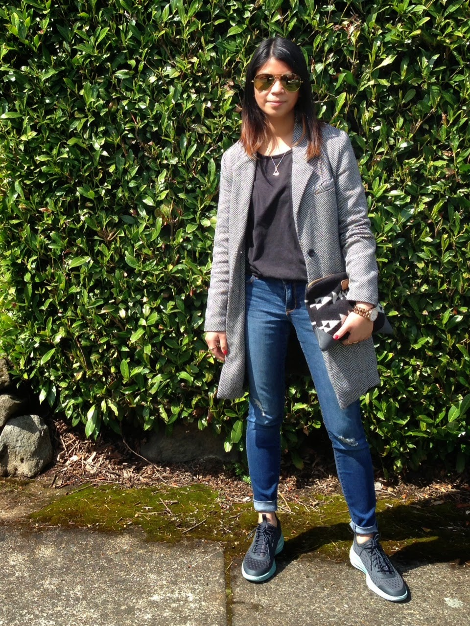 ootd, portland bloggers, fashion post, what i wore, mod deals, old navy rockstar jeans, zero uv glasses, marc by marc jacobs watch, nike lunarlite