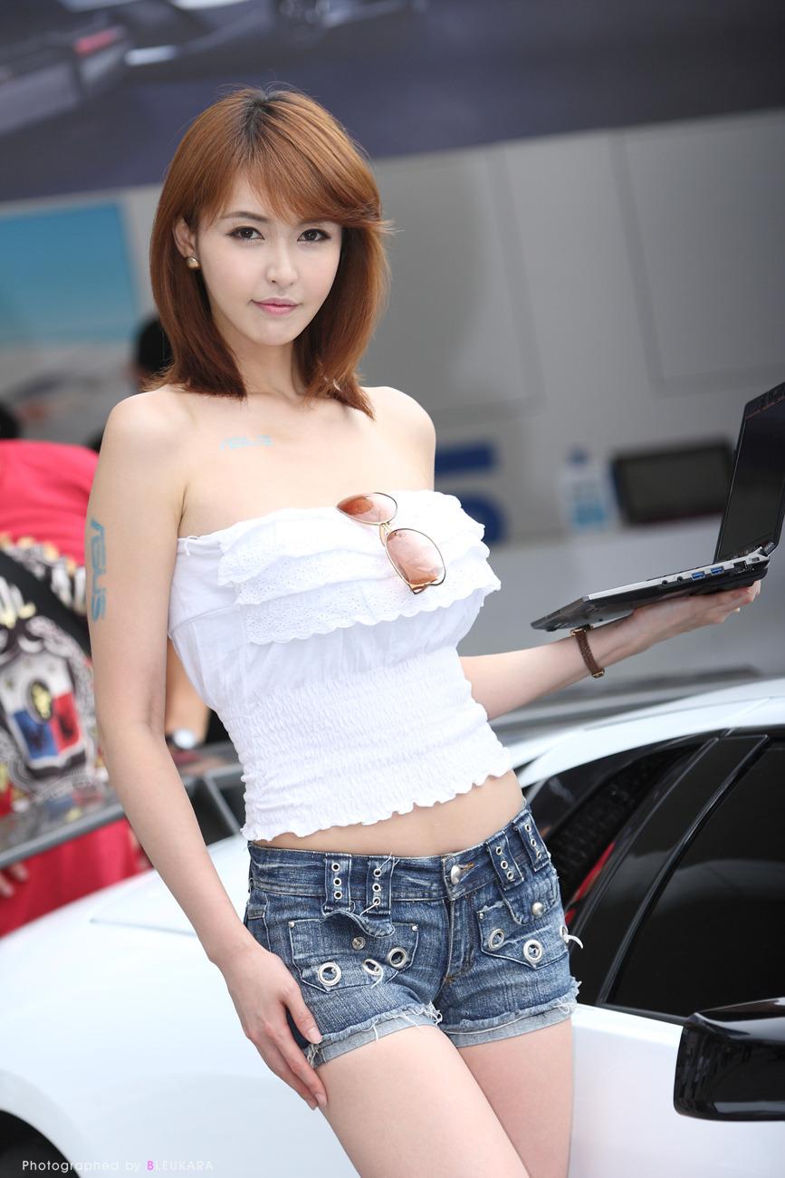 Model Kang Yui Korean Models Photos Gallery