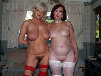 mature girlfriends in pantyhose