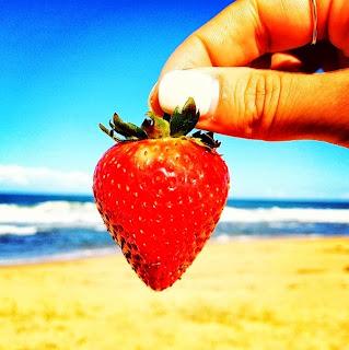 Foodies, Instagram Food Pics, Instagram tips, Photography, Strawberries, Beach, Garypeppergirl