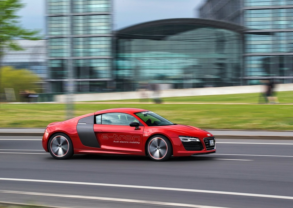 audi r8 e tron concept 2013 car wallpapers. Black Bedroom Furniture Sets. Home Design Ideas