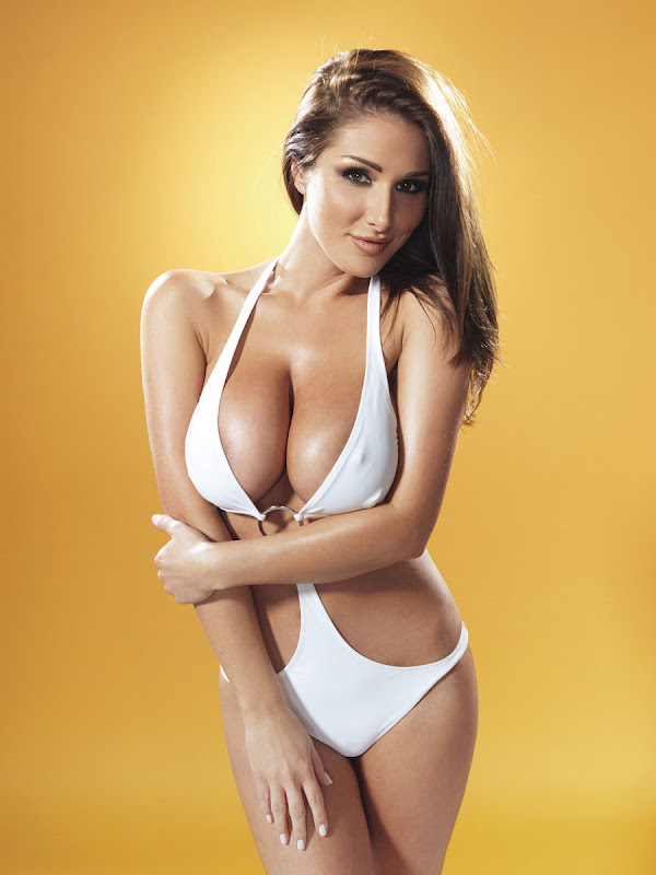 Lucy Pinder Looking Fucking Awesome 1soundsational