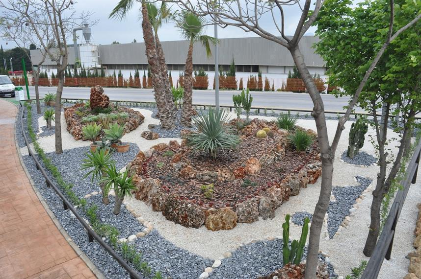 Blog de juan carlos sanz de ayala nota de prensa este for Jardines pequenos con grava