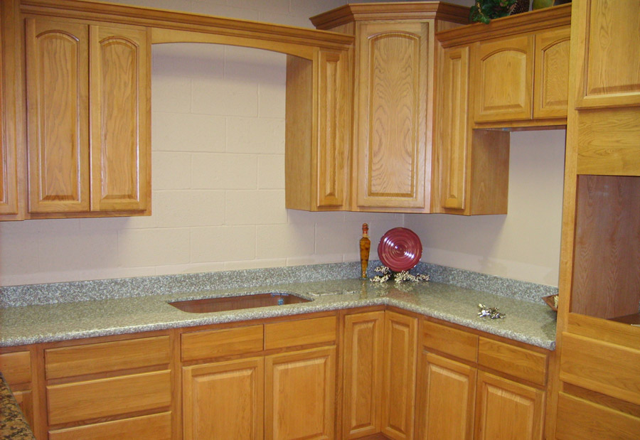 Kitchen And Bath Cabinets Vanities Home Decor Design Ideas Photos Cinnamon Oak Kitchen Cabinets