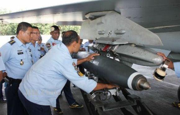 F-16 Uji Coba Bom Blast Effect