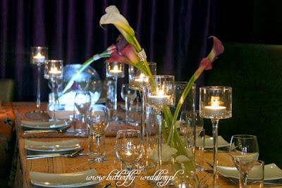 Fioletowe Cantedeskie (kalie) - dekoracja weselna