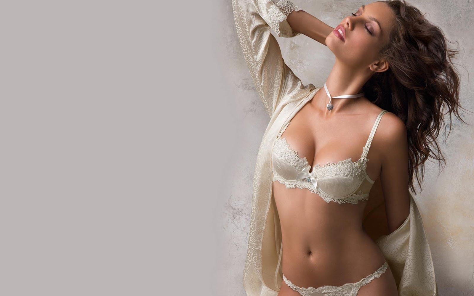 Самые красивые модели в красивом белье 1 фотография