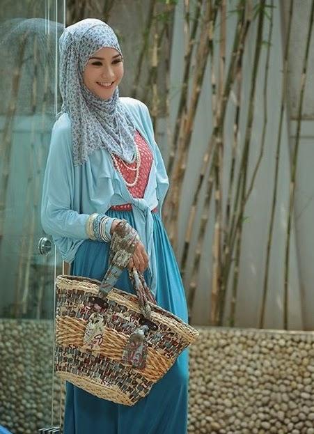 Zaskia Adya Mecca picture