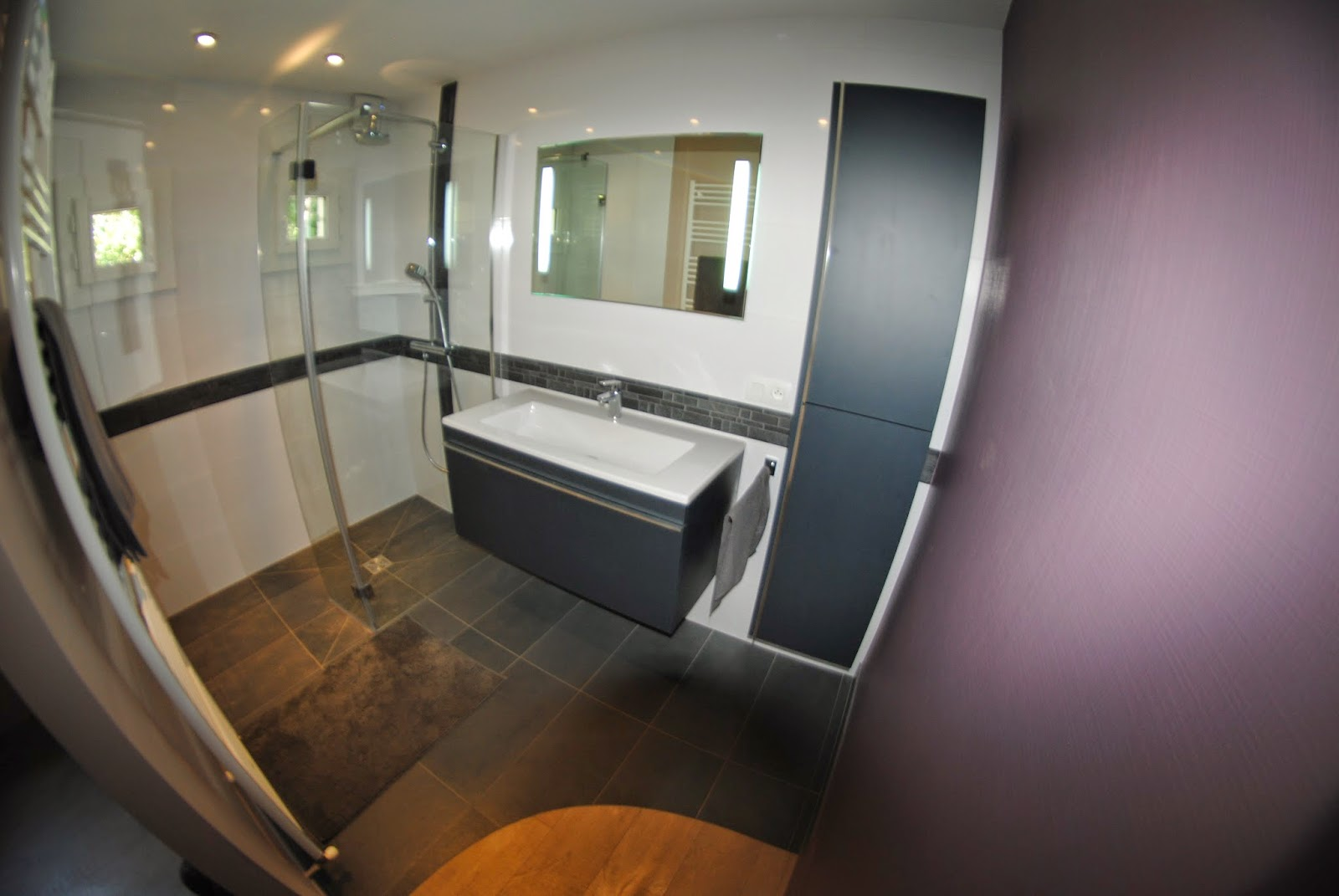 #684730 CREATION DE SALLES DE BAINS DOUCHE A L' ITALIENNE ET  2743 petite salle de bain haut de gamme 1600x1071 px @ aertt.com