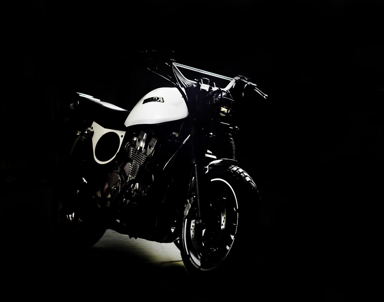 Honda CB750 Tracker | Honda CB750 Street Tracker | Custom Honda CB750 Tracker | Custom Honda CB750 | Honda CB750 Big Tracker