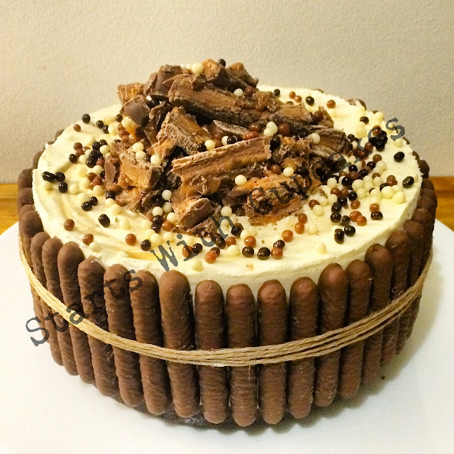 Mars Bar Cheesecake - Best Cheesecake Ever >> STARTS WITH CUPCAKES