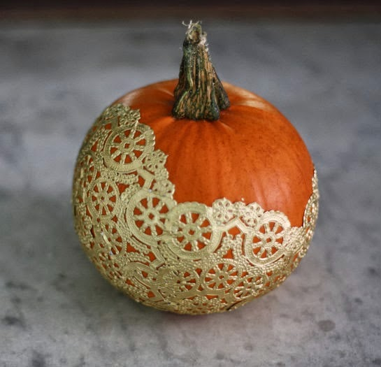 Como Decorar Calabazas con Blondas