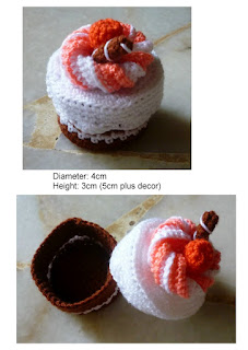 Crochet miniature cake container with lid whipped cream top cute pattern