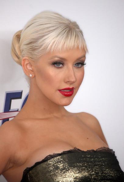 Christina Aguilera 2012 Hairstyles