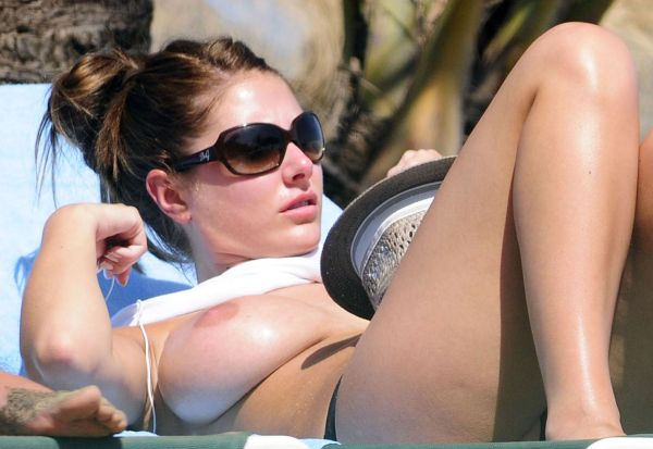 Lucy Pinder Topless - celeb upskirts