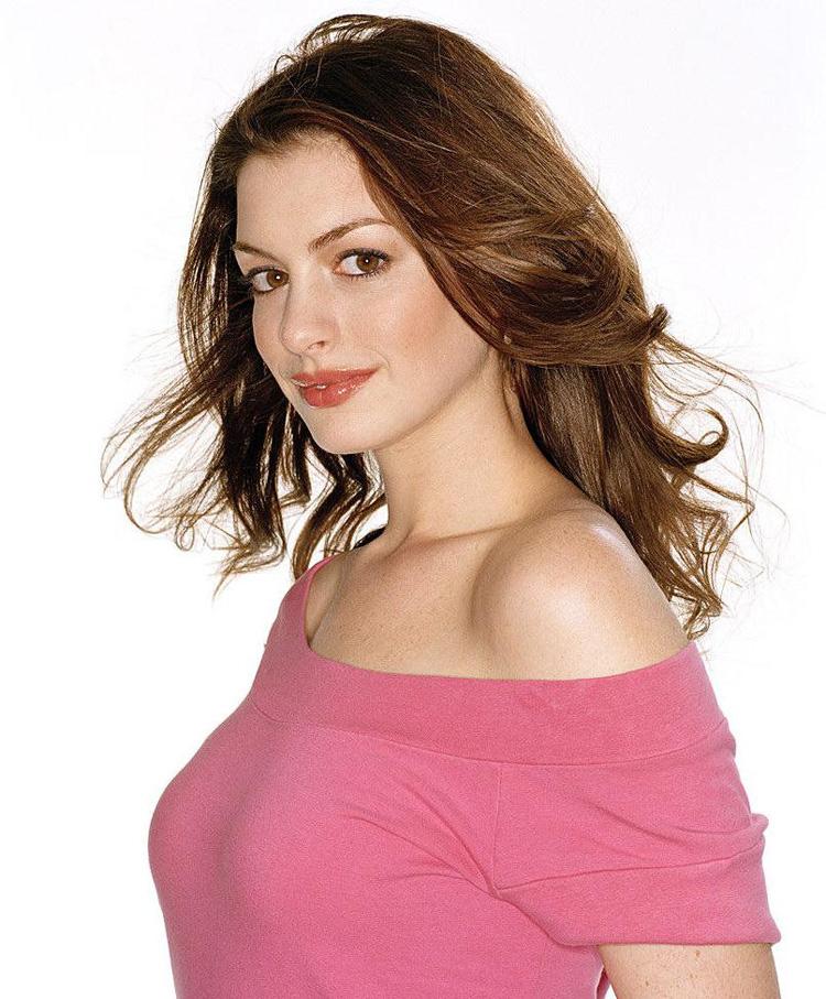 Anne Hathaway Haircut 41