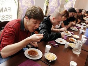 Kontes Makan Sambal Berakhir Tragis