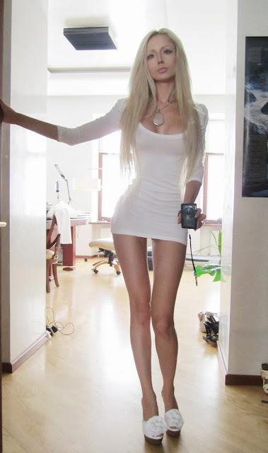 Living Barbie: Valeria Lukyanova_21