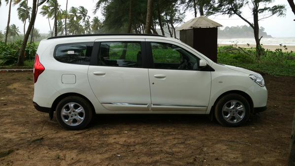 Renault Lodgy side view