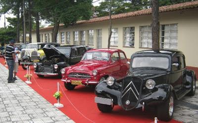 Além dos carros fora-de-série, o VII ABC Old Car contou com inúmeros representantes  de marcas tradicionais e  modelos modificados.