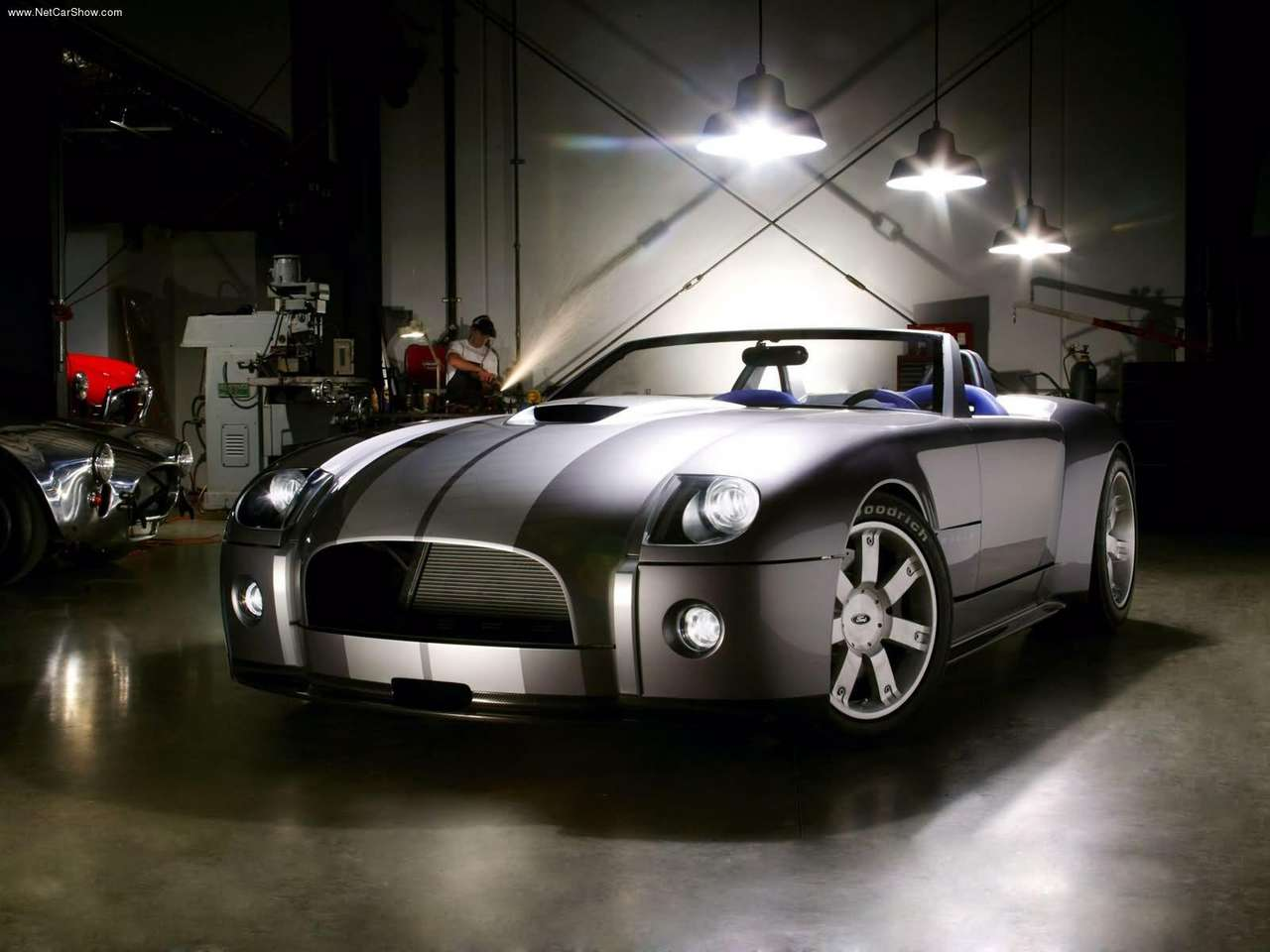 http://3.bp.blogspot.com/-xviwksh7aTk/TZaz15f7fGI/AAAAAAAAHFY/drhOUp9o32c/s1600/Ford-Shelby_Cobra_Concept_2004_1280x960_wallpaper_01.jpg