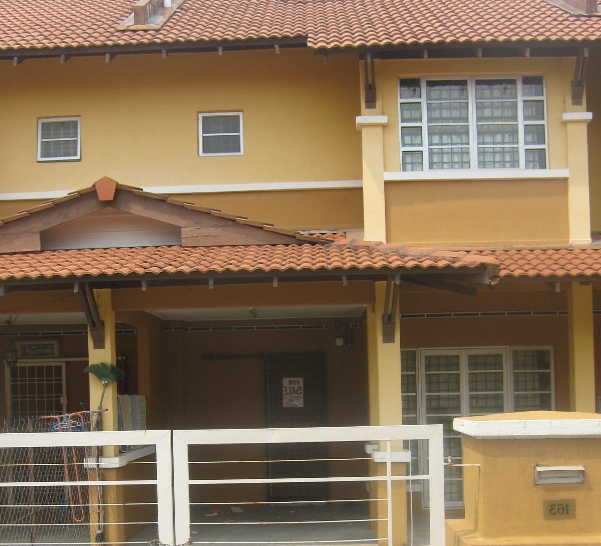 Rumah untuk dijual: Teres 2 tingkat di Desaria Nilai, Nilai, Negeri ...