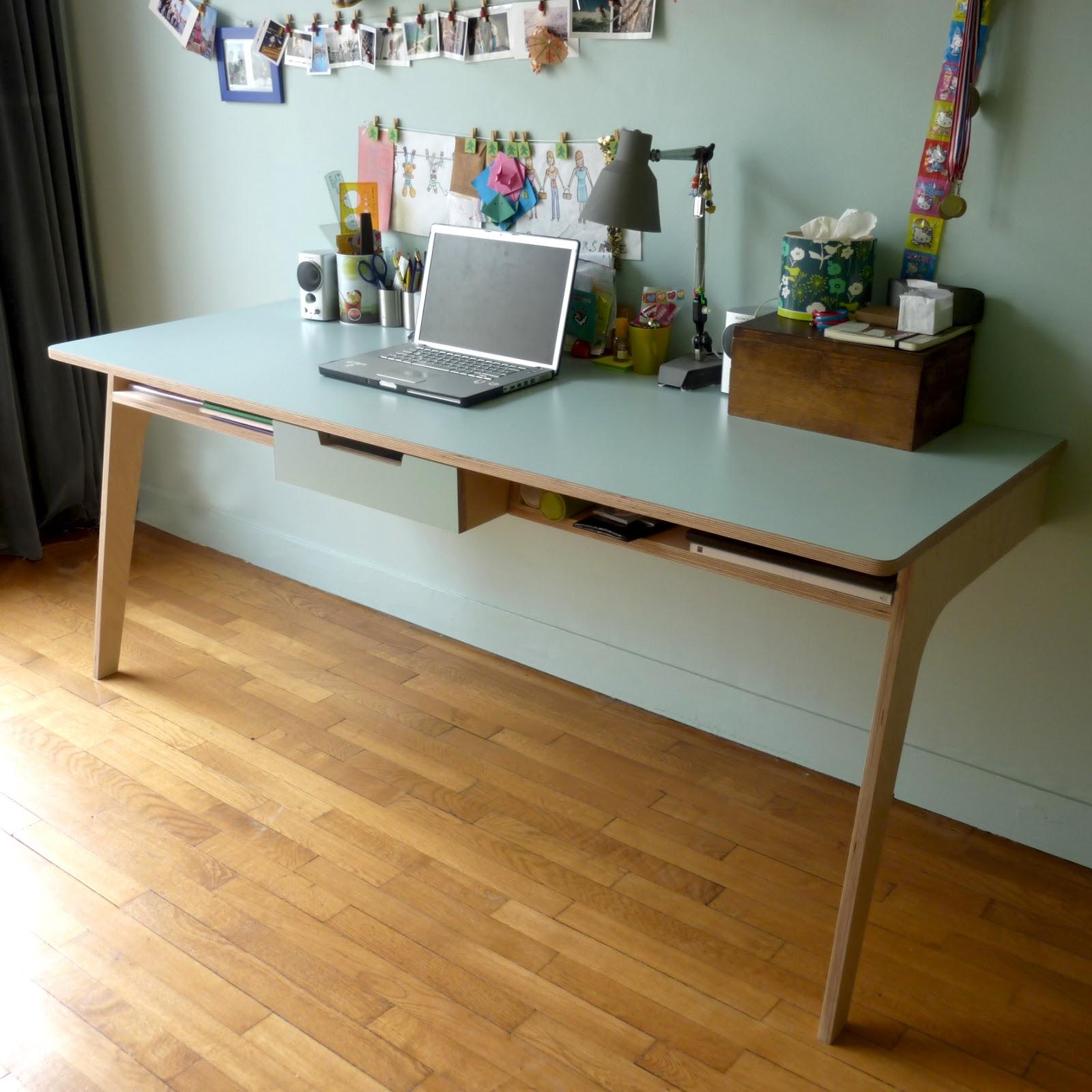 Aur lie berthet 2011 mobilier de chambre pour une for Bureau jeune fille