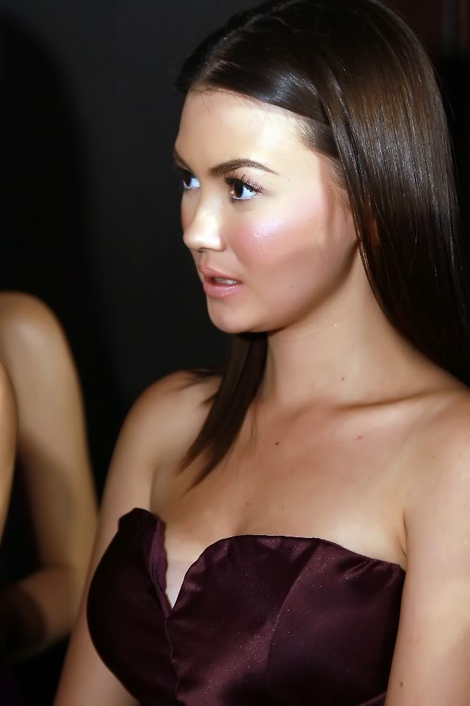 angelica panganiban sexy boob cleavage photo 03
