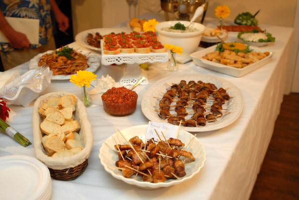Wedding food ideas a beach wedding no matter what for Best food for wedding reception