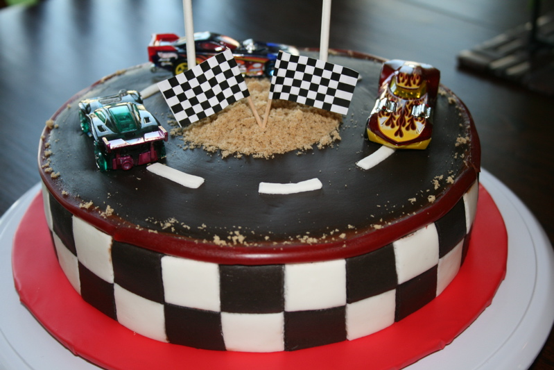 Cake Decorating Racing Car : Race Car Birthday Cake Teranne s Cookbook