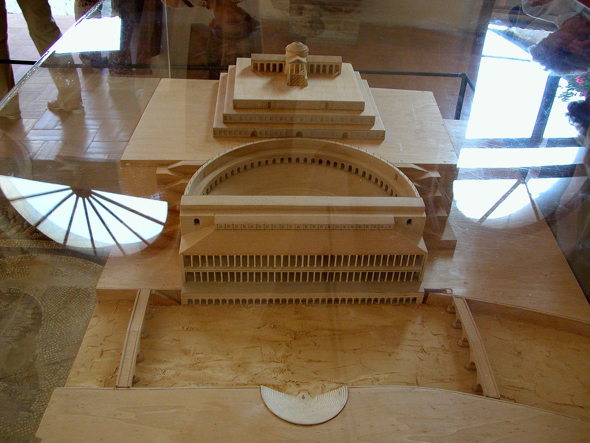 A model of the Roman Theatre as seen in the musuem at the top of the amphitheatre. Photo: WikiMedia.org.